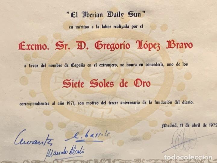Militaria: CONCESION TITULO SIETE SOLES ORO IBERIAN DAILY SUN LOPEZ BRAVO MINISTRO EXTERIOR FRANCO 1972 32X44CM - Foto 4 - 261153275