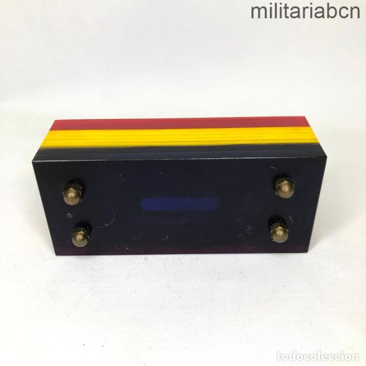 Militaria: Encendedor con los colores de la Bandera Republicana. Segunda República y Guerra Civil. - Foto 2 - 269830258