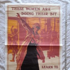 """Militaria: REPRODUCCIÓN CARTEL, IWW. """"THESE WOMEN ARE DOING THEIR BIT"""". IMPERIAL WAR MUSEUM. Lote 276533733"""