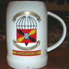 Militaria: JARRA DE MISION EN AFGHANISTAN BRIGADA PARACAIDISTA BANDERA ROGER DE LAURIA 2010. Lote 38090753