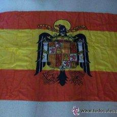 Militaria: BANDERA DE ESPAÑA NACIONAL , ESCUDO DEL AGUILA DE SAN JUAN DE FRANCO.. 90 X 140 CM. Lote 49438361