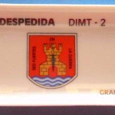 Militaria: PLATO BANDEJA CERÁMICA MILITAR. DIMT 2 GRANADA 1996. UNIDAD INTELIGENCIA, SED FUERTES EN GUERRA. Lote 50863923