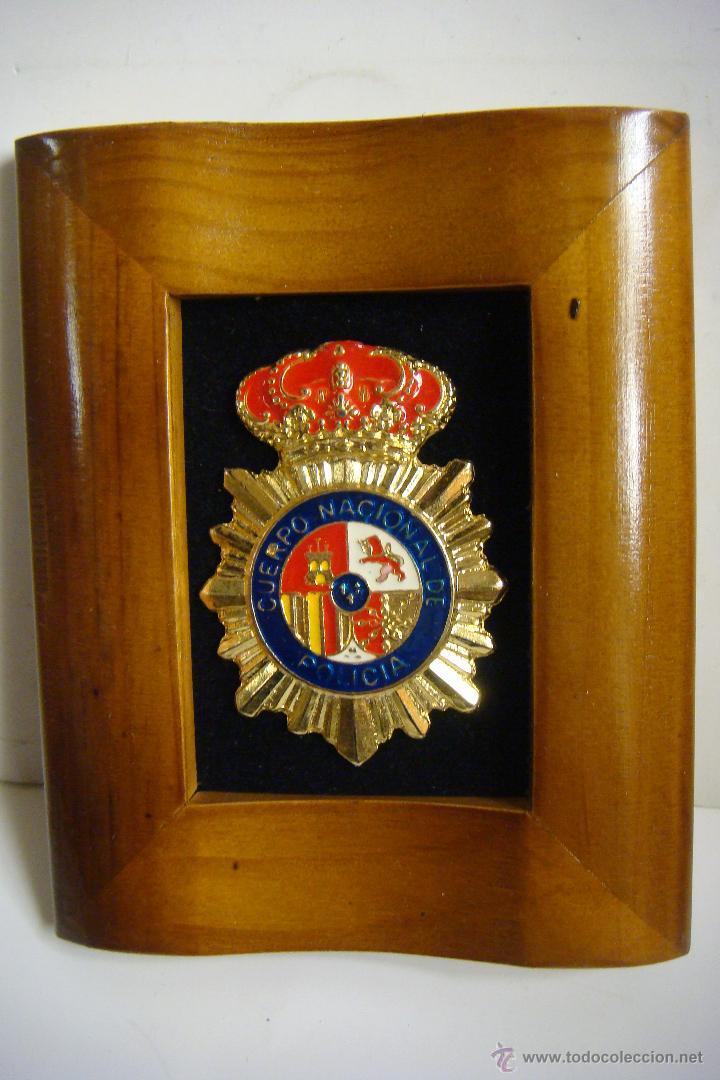 cuadro marco en madera con el escudo de la pol - Comprar ...