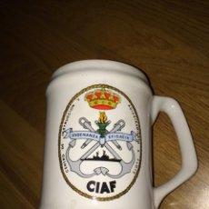 Militaria: JARRA MILITAR DE CERÁMICA CENTRO DE INSTRUCCION Y ADIESTRAMIENTO A FLOTE CIAF. Lote 54774079