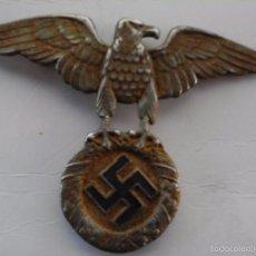 Militaria: MILITAR ALEMANIA INSIGNIA AGUILA PARA CASCO ENVEJECIDA ESPECTACULAR OJ. Lote 67658502