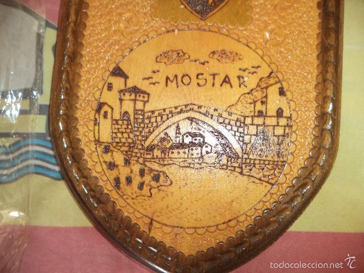 Militaria: METOPA DE MADERA DE MOSTAR - Foto 2 - 58576153