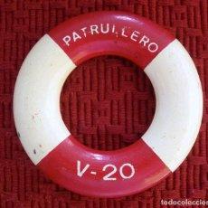 Militaria: SALVAVIDAS CON EL NOMBRE DEL BUQUE PATRULLERO V-20 ÉPOCA FRANCO. ARMADA ESPAÑOLA. Lote 68717065