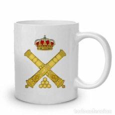 Militaria: TAZA DE CERÁMICA CON EL EMBLEMA DE ARTILLERIA. Lote 178177885