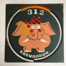 Militaria: AVIÓN, ANTIGUA PLACA METOPA DE 40 CM X 40 CM AVION HÉRCULES ESCUADRÓN 312 BASE AÉREA ZARAGOZA. Lote 84541676