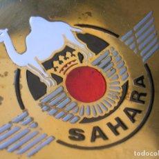 Militaria: ANTIGUO CENICERO DEL EJERCITO DEL AIRE. ROKISKI. SAHARA ESPAÑOL.. Lote 85818220