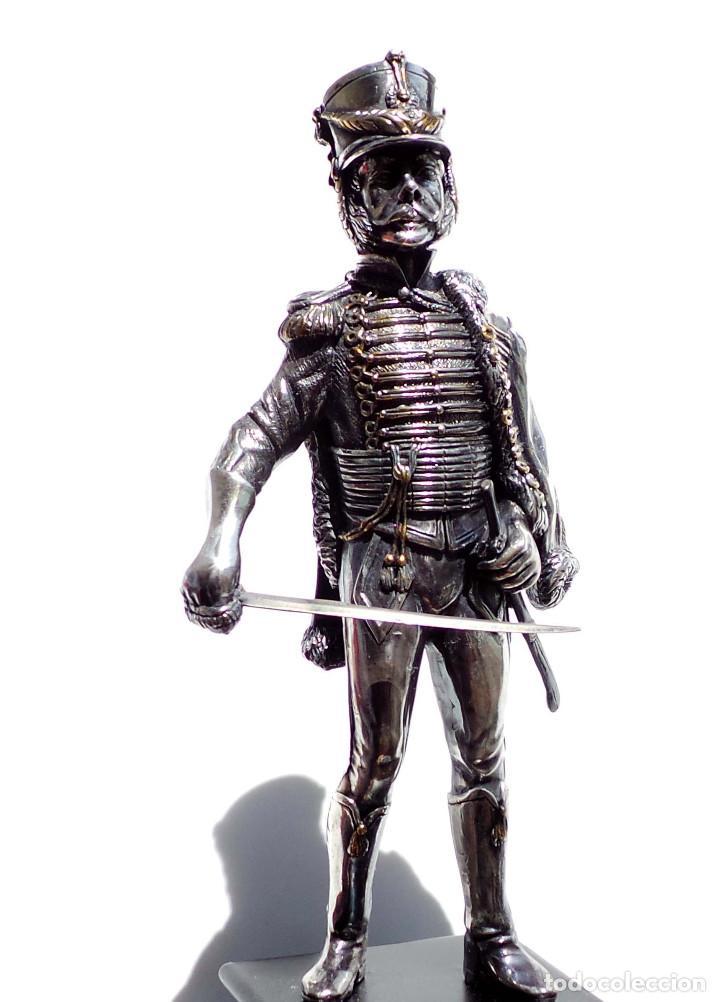 Militaria: PRECIOSA FIGURA EN PLATA DE LEY HUSAR DE CABALLERÍA. S.XIX - 25 ALTO X 8 CM ANCHO PESO 460 GRAMOS - Foto 2 - 90638950