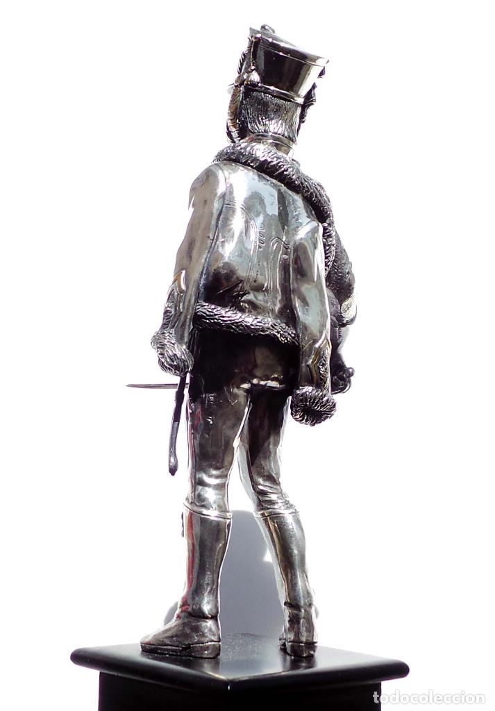 Militaria: PRECIOSA FIGURA EN PLATA DE LEY HUSAR DE CABALLERÍA. S.XIX - 25 ALTO X 8 CM ANCHO PESO 460 GRAMOS - Foto 5 - 90638950