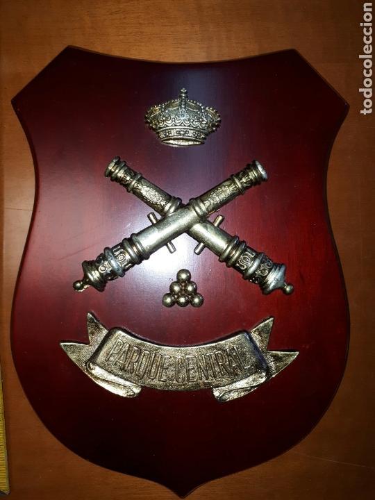 Militaria: METOPA MADERA Y Bronce PARQUE CENTRAL DE ARTILLERIA 26X19 - Foto 2 - 93990385