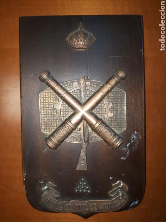 PARQUE CENTRAL DE ARTILLERÍA. METOPA DE LOS 80. (Militar - Reproducciones, Réplicas y Objetos Decorativos)