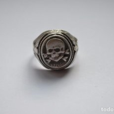 Militaria: WWII THE GERMAN RING WAFFEN SS TOTENKOPF. Lote 257740440
