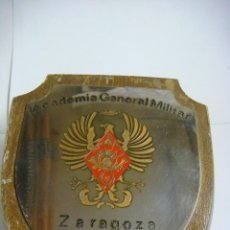 Militaria: METOPA EN MADERA ACADEMIA GENERAL MILITAR ZARAGOZA (#). Lote 103236555
