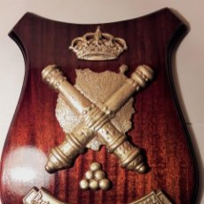 Militaria: ANTIGUA METOPA MILITAR. REGIMIENTO MIXTO DE ARTILLERÍA Nº94. . Lote 106388859