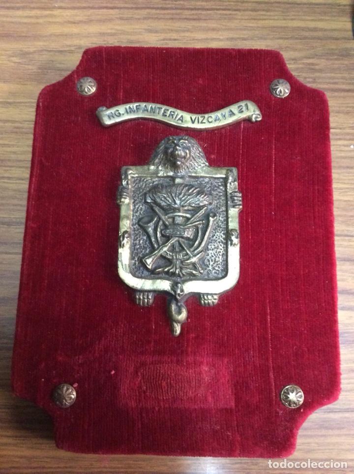 VIZCAYA.REGIMIENTO INFANTERÍA N°21.METOPA (Militar - Reproducciones, Réplicas y Objetos Decorativos)