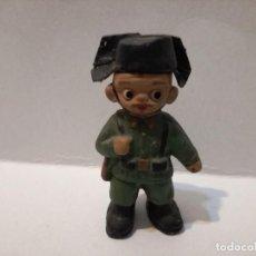 Militaria: FIGURA MUÑECO ALBOROX BARRO TERRACOTA MILITAR GUARDIA CIVIL. Lote 110149147