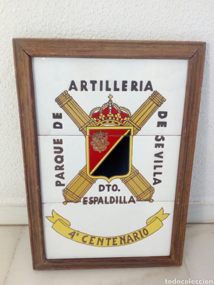 CUADRO EJERCITO METOPA BALDOSA PORCELANA PARQUE ARTILLERIA SEVILLA ESPALDILLA 4° CENTENARIO 47 X 33 (Militar - Reproducciones, Réplicas y Objetos Decorativos)