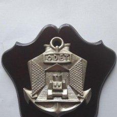 Militaria: ANTIGUA METOPA NAVAL. BUQUE DE DESEMBARCO LST-1 ODET. METOPA MUY RARA Y ESCASA. Lote 120005759