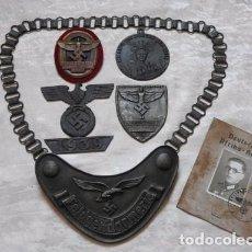 Militaria: CONJUNTO 6 COSAS DE WEHRMACHT , GORGUERA AFRIKA KORPS ID + 4 INSIGNIAS. Lote 121485127