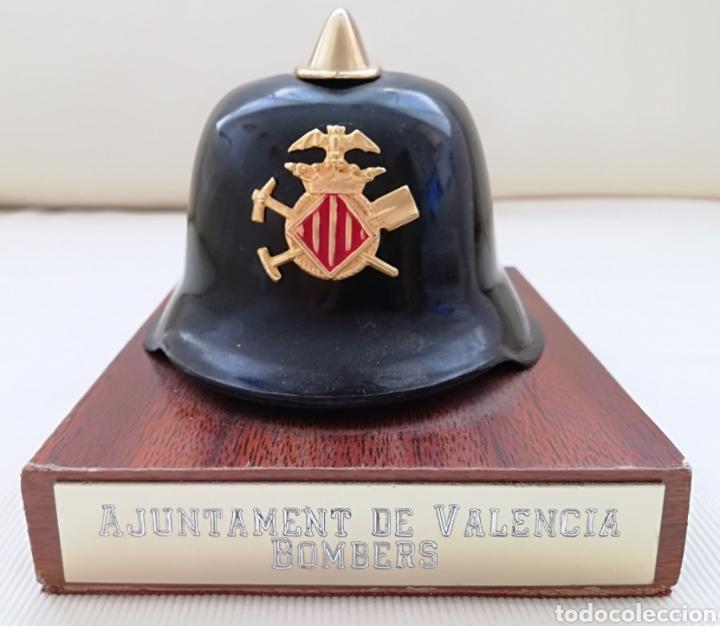 ANTIGUO CASCO BOMBEROS VALENCIA. (Militar - Reproducciones, Réplicas y Objetos Decorativos)