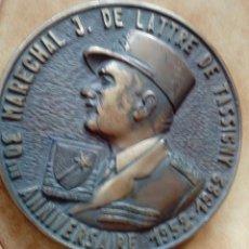 Militaria: PLACA BRONCE MARISCAL J DE LATTRE DE TASSIGNY 1952 1982. Lote 128162747