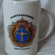Militaria: JARRA DE CERVEZA DEL PORTAAVIONES PRÍNCIPE DE ASTURIAS, DE PORCELANA. Lote 129318423