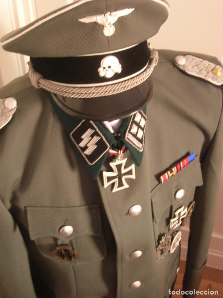 UNIFORME OFICIAL SS. CASA G.ASSMANN. GORRA, GUERRERA. EXCEPCIONAL RÉPLICA. (Militar - Reproducciones, Réplicas y Objetos Decorativos)