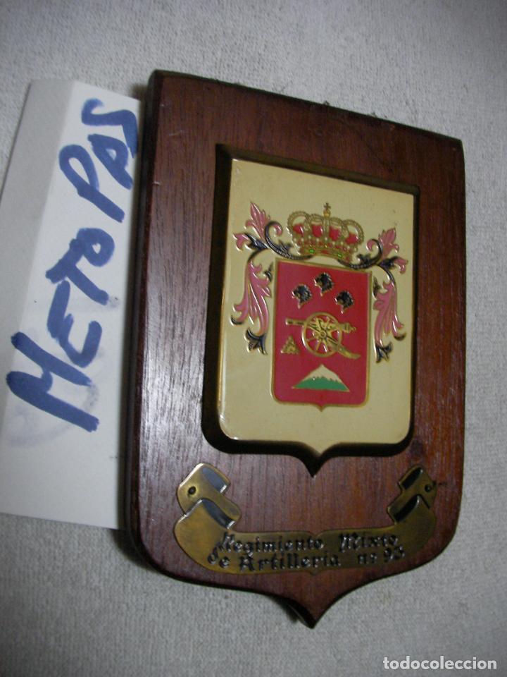 ANTIGUA METOPA MILITAR - REGIMIENTO MIXTO DE ARTILLERIA N 93 (Militar - Reproducciones, Réplicas y Objetos Decorativos)
