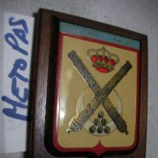 Militaria: ANTIGUA METOPA MILITAR - REGIMIENTO MIXTO ARTILLERIA. Lote 134064858