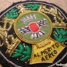 Militaria: COLECTIVA AL MERITO AEREO. AVIACIÓN FRANQUISTA. GRAN TAMAÑO Y RELIEVE. CALIDAD EN EL BORDADO.. Lote 137470826