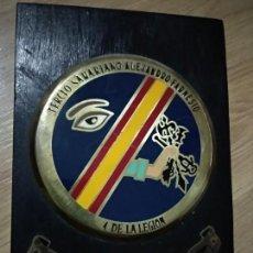 Militaria: ANTIGUA METOPA TERCIO SAHARIANO ALEJANDRO FARNESIO, 4 DE LA LEGION, X BANDERA. Lote 139768350