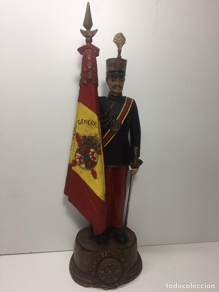SOLDADO DE RESINA U OTRO MATERIAL PARECIDO(MARTIN VITADES) (Militar - Reproducciones, Réplicas y Objetos Decorativos)