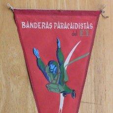 Militaria: BANDERIN - BANDERAS PARACAIDISTAS DEL EJERCITO DE TIERRA. Lote 147541786