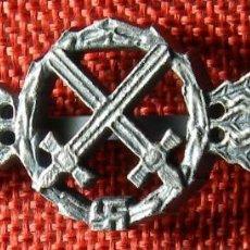 Militaria: III REICH LUFTWAFFE. PASADOR POR VUELOS DE APOYO CERCANO. 75 X 25 MM. BUNTMETALL.. Lote 148195814