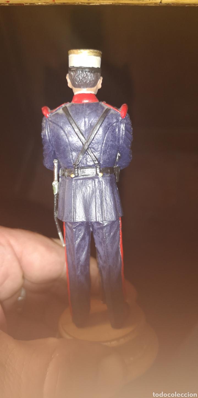 Militaria: Soldado de plomo pintado a mano representando al soldado de la guardia real medidas 14,5 cm - Foto 3 - 153106140