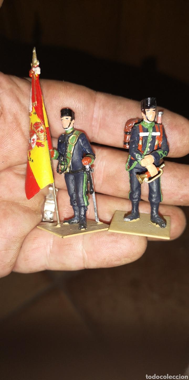 CONJUNTO DE 3 SOLDADOS DE PLOMO, PINTADOS A MANO ARTESANALMENTE DE CAZADORES DE MONTAÑA (Militar - Reproducciones, Réplicas y Objetos Decorativos)