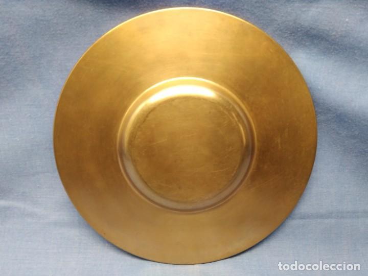 Militaria: Plato bronce conmemorativo Fábrica Artillería Sevilla 1565 - 1936 Santa Bárbara Reyes Católicos - Foto 5 - 154861478