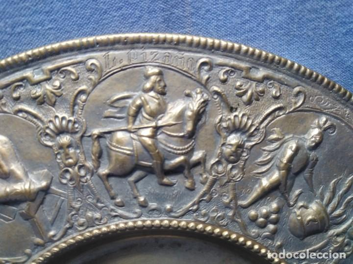 Militaria: Plato bronce conmemorativo Fábrica Artillería Sevilla 1565 - 1936 Santa Bárbara Reyes Católicos - Foto 6 - 154861478
