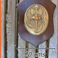 Militaria: 27..RA 1 REMOLCADOR CÍCLOPE....MIDE.... 26 X 20 CMS...PESO.....1,500 KGRS. Lote 156777094