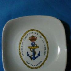 Militaria: CENICERO DE MARINA ( ESCUELA SUBOFICIALES DE LA ARMADA - SAN FERNANDO ). Lote 161291913