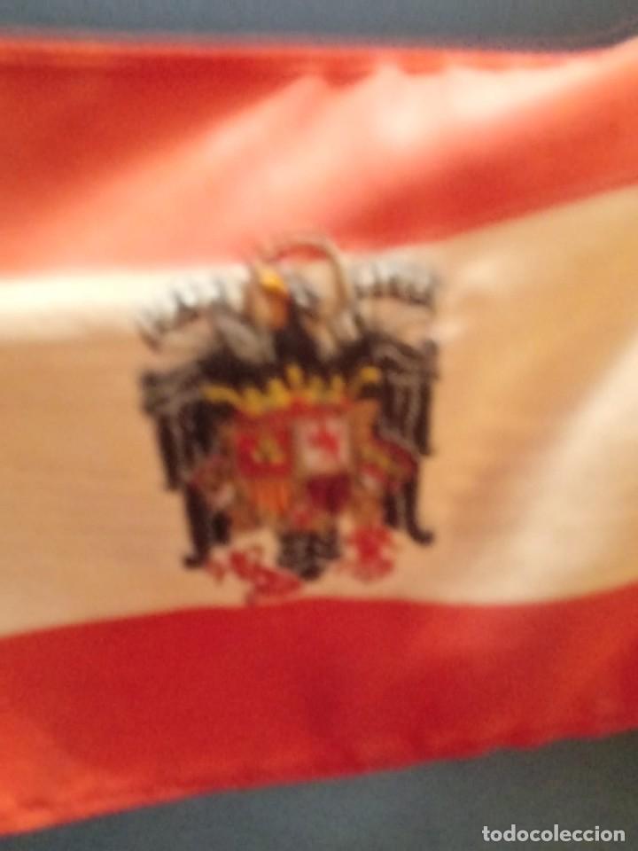 Militaria: Bandera de España desobremesa con peana - Foto 3 - 168367424