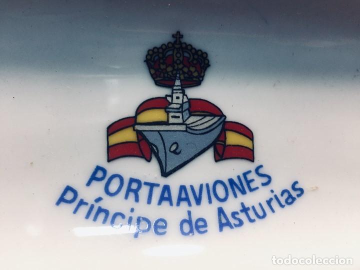 Militaria: TARJETERO PORCELANA PEQUEÑA BANDEJA PORTAVIONES PRINCIPE DE ASTURIAS 7,5X22CMS - Foto 2 - 168485796