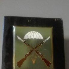 Militaria: METOPA BATALLON DE INSTRUCCION PARACAIDISTA.. Lote 170331688
