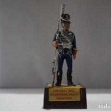 Militaria: SOLDADO PLOMO - PORTUGAL 1808 VOLUNTARIOS REALES INFANTERIA. Lote 171066514