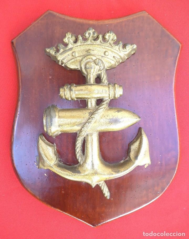 METOPA ESCUELA DE TIRO NAVAL JANER ÉPOCA FRANCO, ARMADA ESPAÑOLA. (Militar - Reproducciones, Réplicas y Objetos Decorativos)