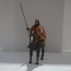 Militaria: SOLDADO PLOMO - LANCERO CABALLERIA MEDIEVAL. Lote 173073193