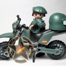 Militaria: PLAYMOBIL CUSTOMIZADO DE LA GUARDIA CIVIL DE SEPRONA CASCO Y BOINA. Lote 177719402